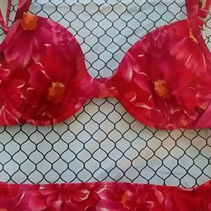 🛍2FOR$20🎀  Red Floral Bikini